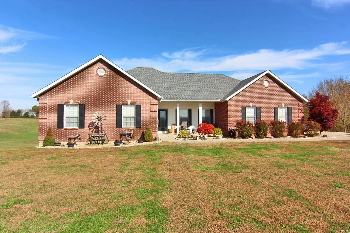 355 Cowboy Alley Property Photo - Jackson, MO real estate listing