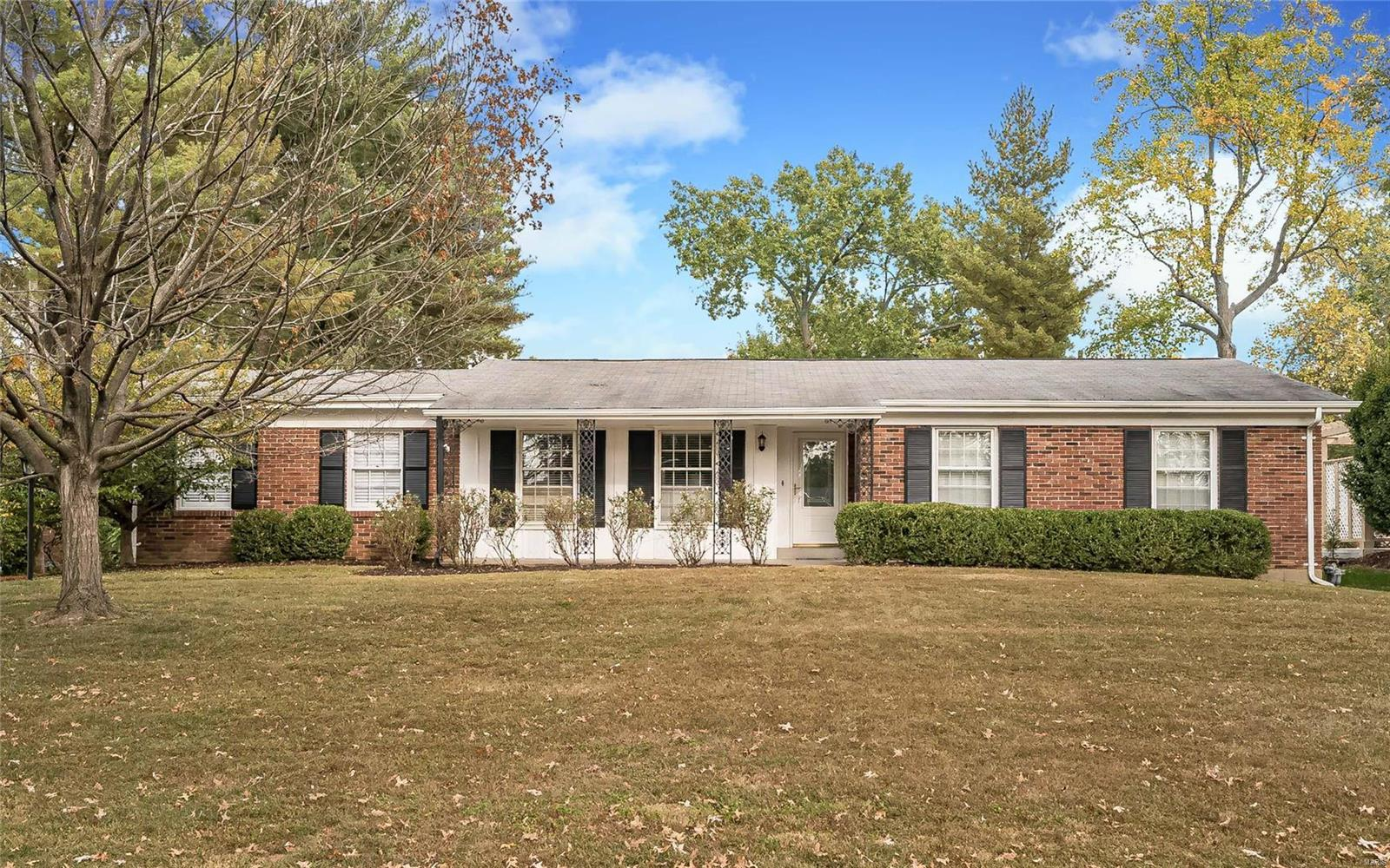 508 Randy Drive Property Photo - Creve Coeur, MO real estate listing