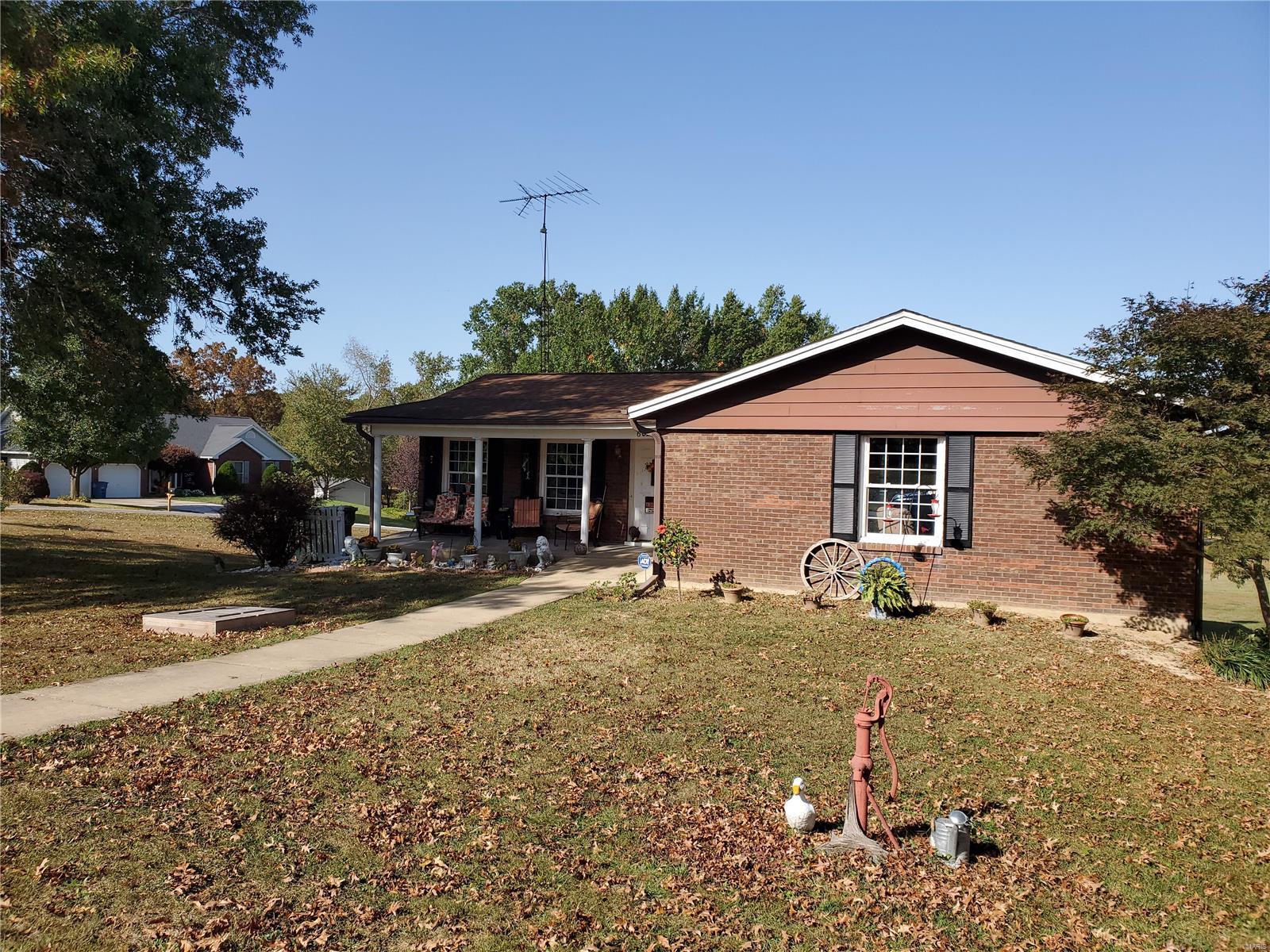 602 LAKE ESTATES Property Photo - Chester, IL real estate listing
