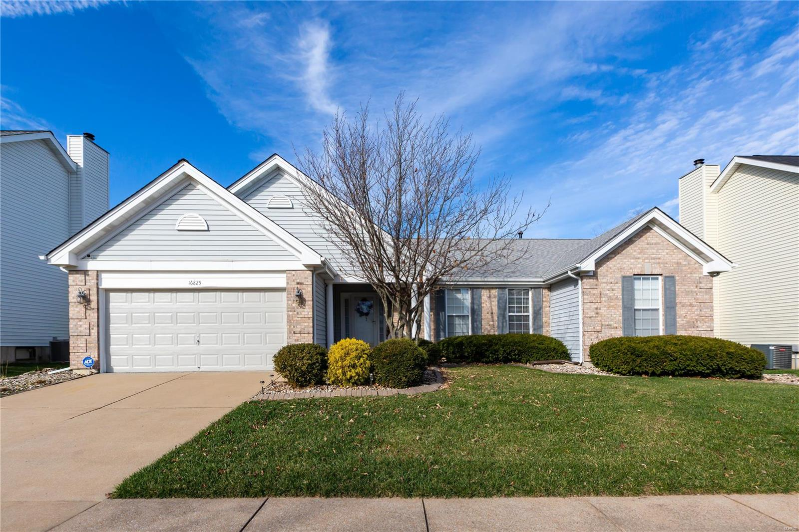 16825 Heather Moor Drive Property Photo - Florissant, MO real estate listing