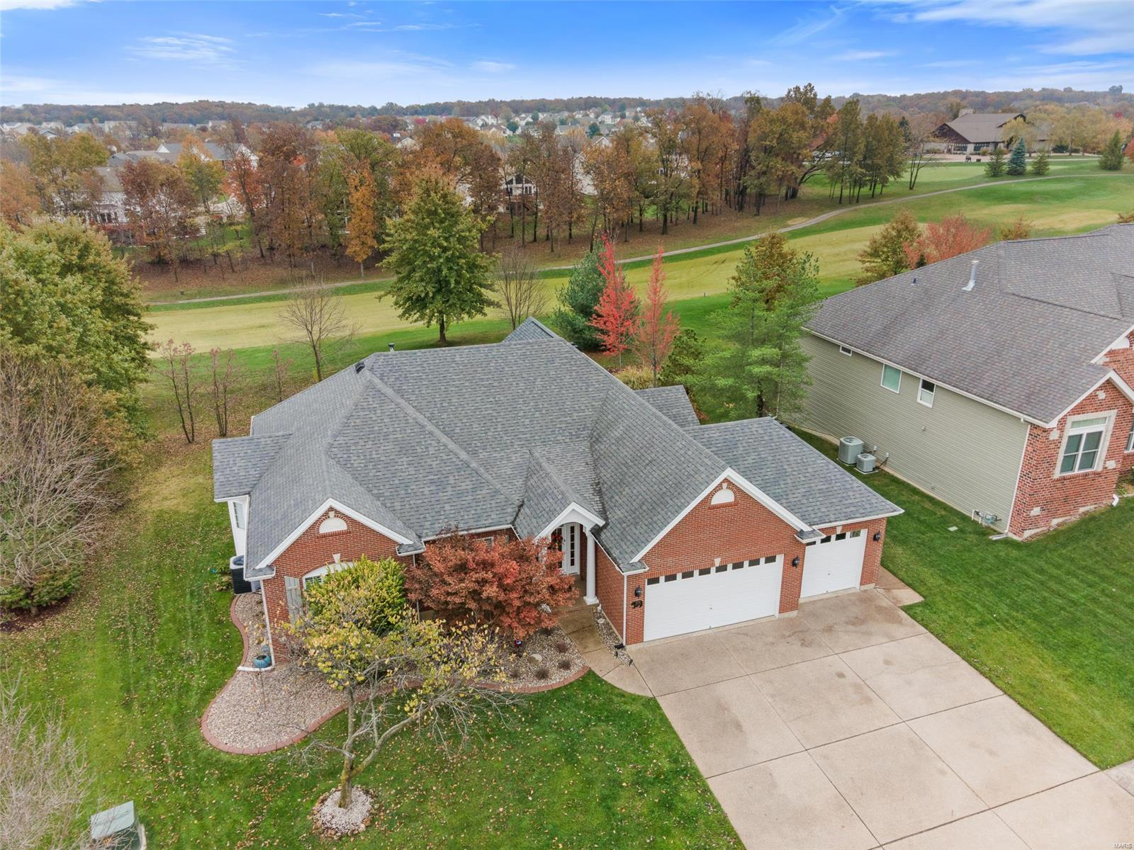 3016 Bear Ridge Drive Property Photo - Wentzville, MO real estate listing