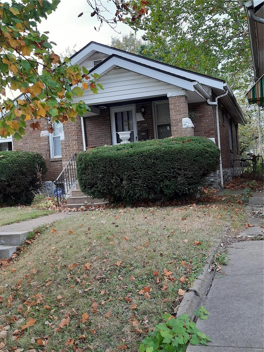 8531 Lowell Street Property Photo - St Louis, MO real estate listing