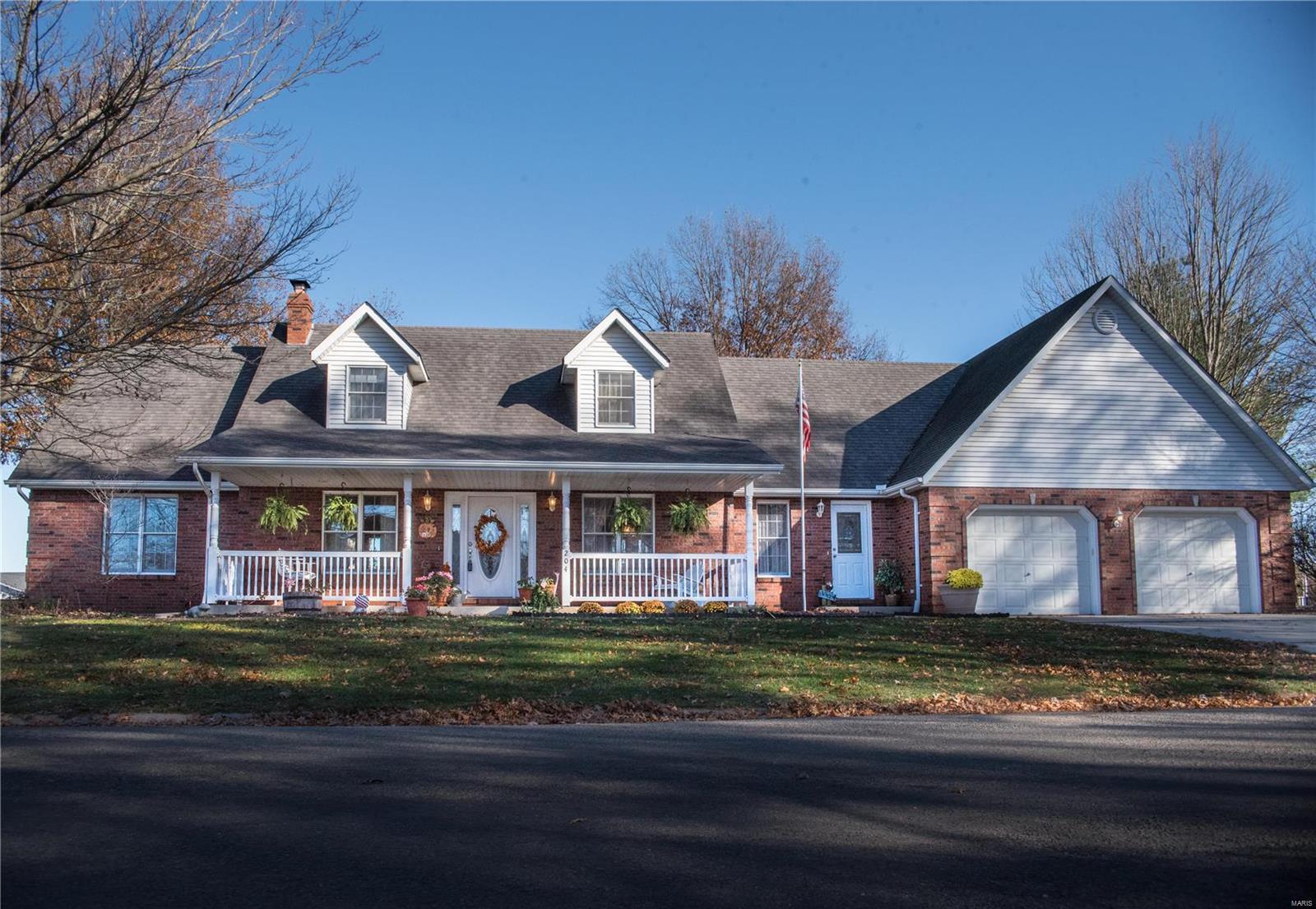 204 Cortner Drive Property Photo - Smithton, IL real estate listing