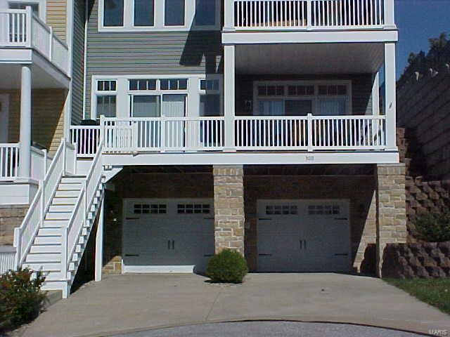300 Pelican Way Property Photo - Grafton, IL real estate listing