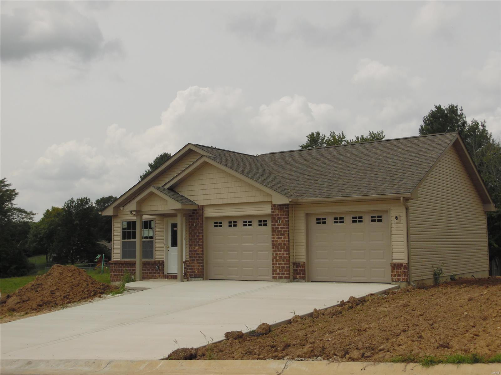 740 Lake Cottage Court Property Photo - Villa Ridge, MO real estate listing