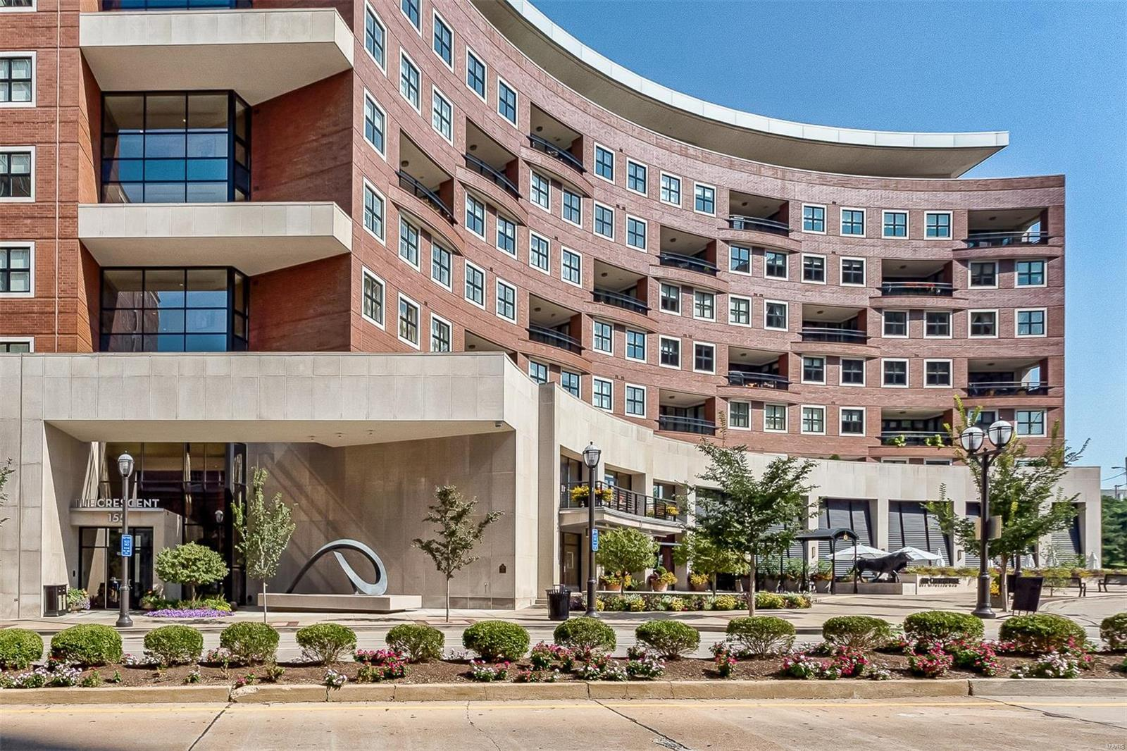 155 Carondelet Plaza #407 Property Photo
