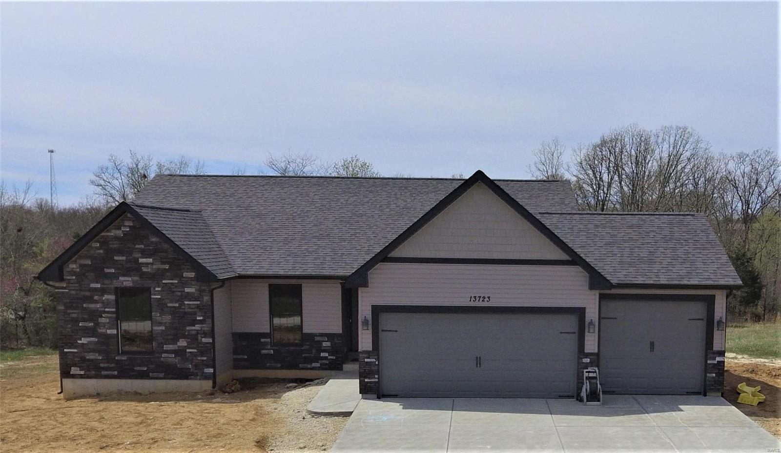 4356 Lockeport Landing Drive Property Photo - Hillsboro, MO real estate listing