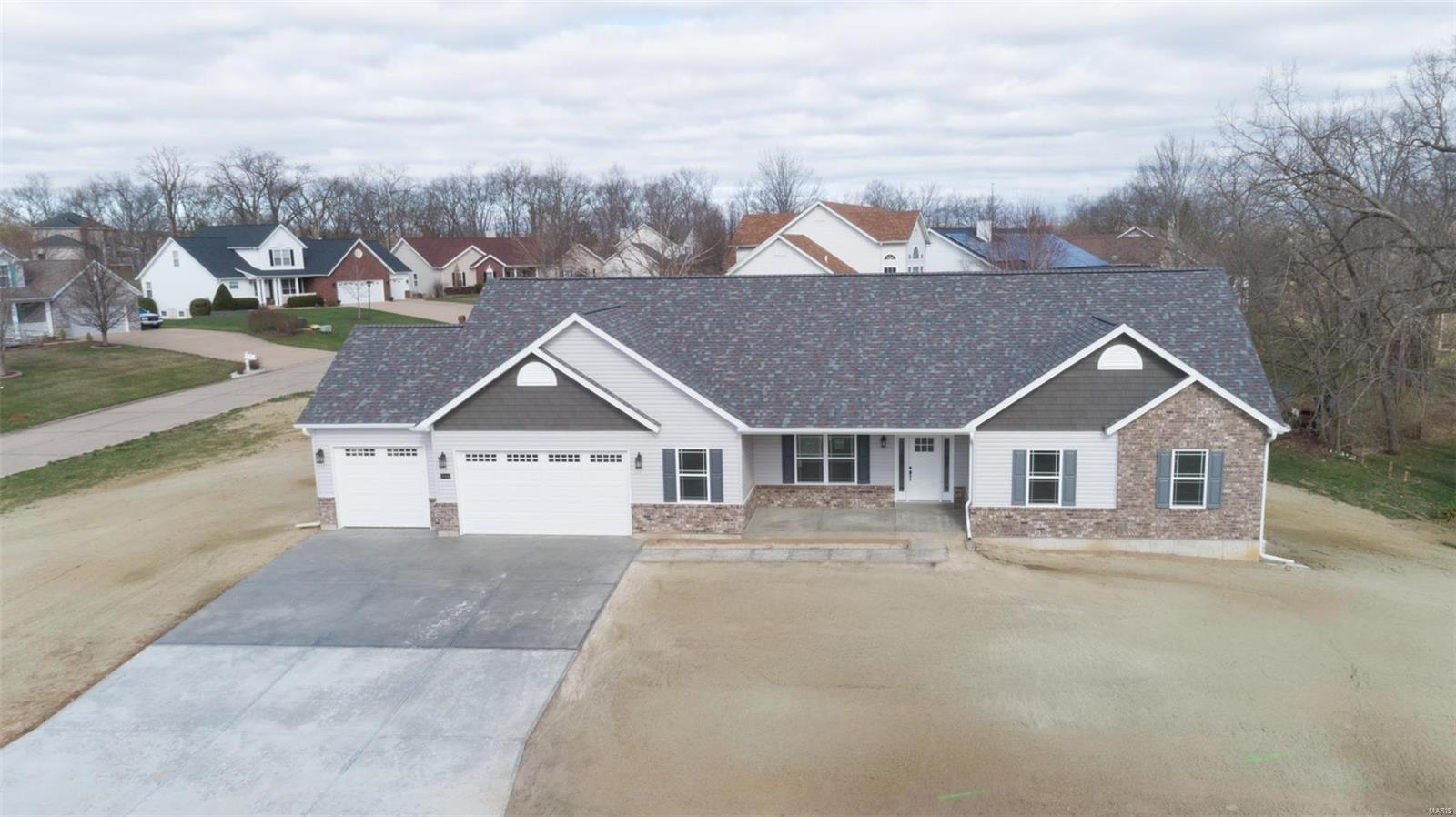 166 Bluff View Drive Property Photo - Troy, MO real estate listing