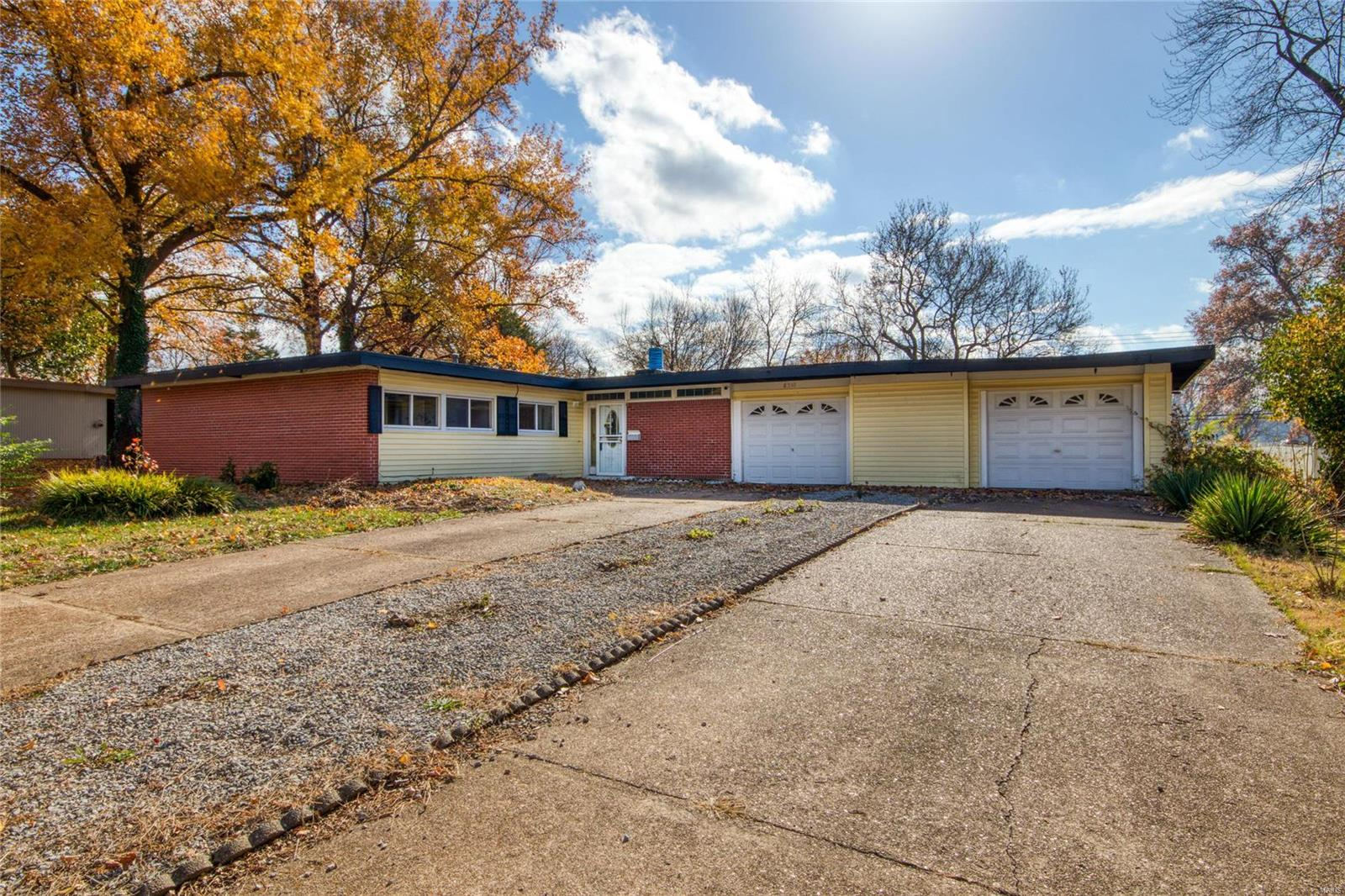 8348 Pepperidge Property Photo - St Louis, MO real estate listing