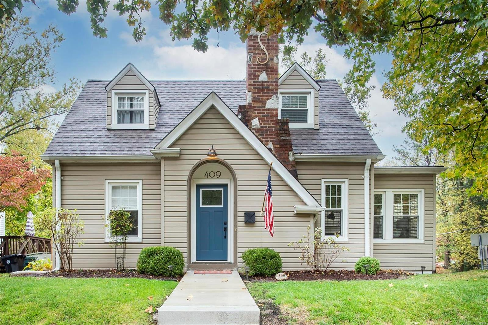 409 W Essex Avenue Property Photo - Kirkwood, MO real estate listing