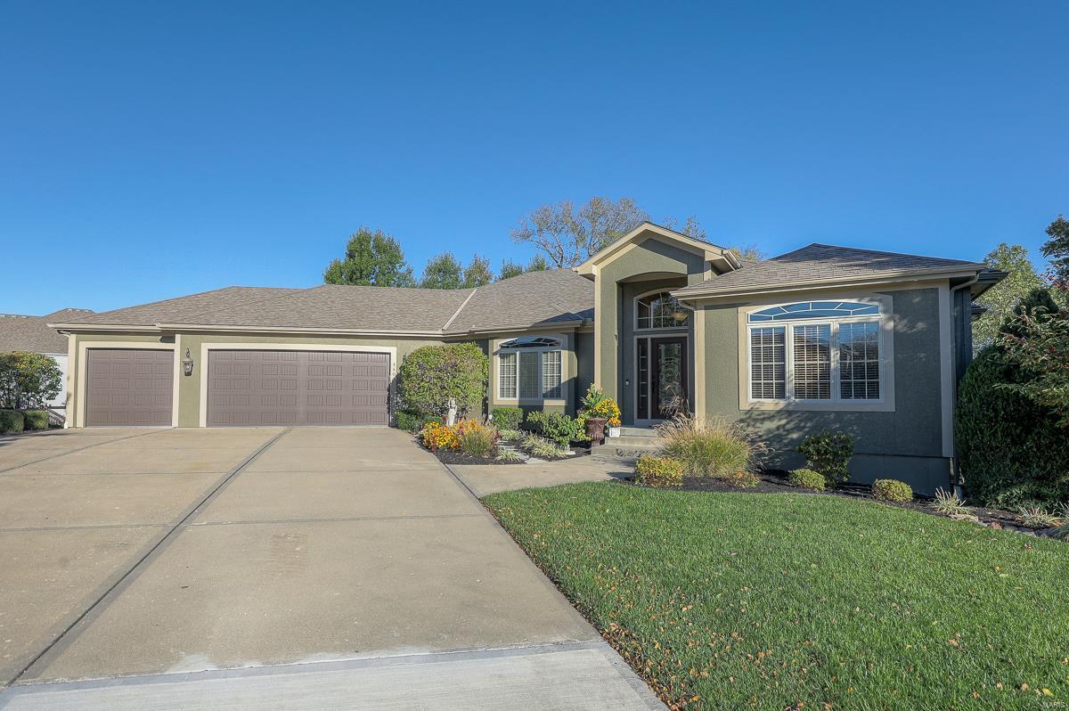 64083 Real Estate Listings Main Image