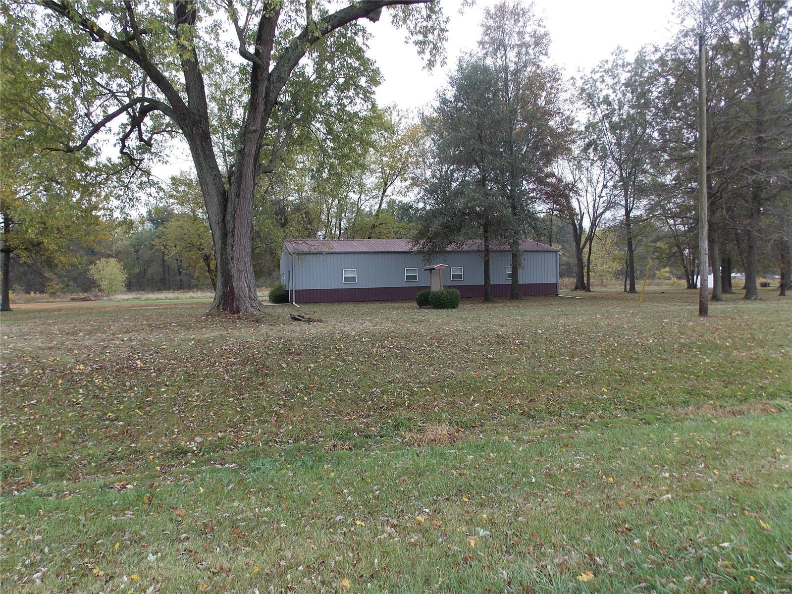 2930 E State Route 161 Hwy Property Photo - Centralia, IL real estate listing