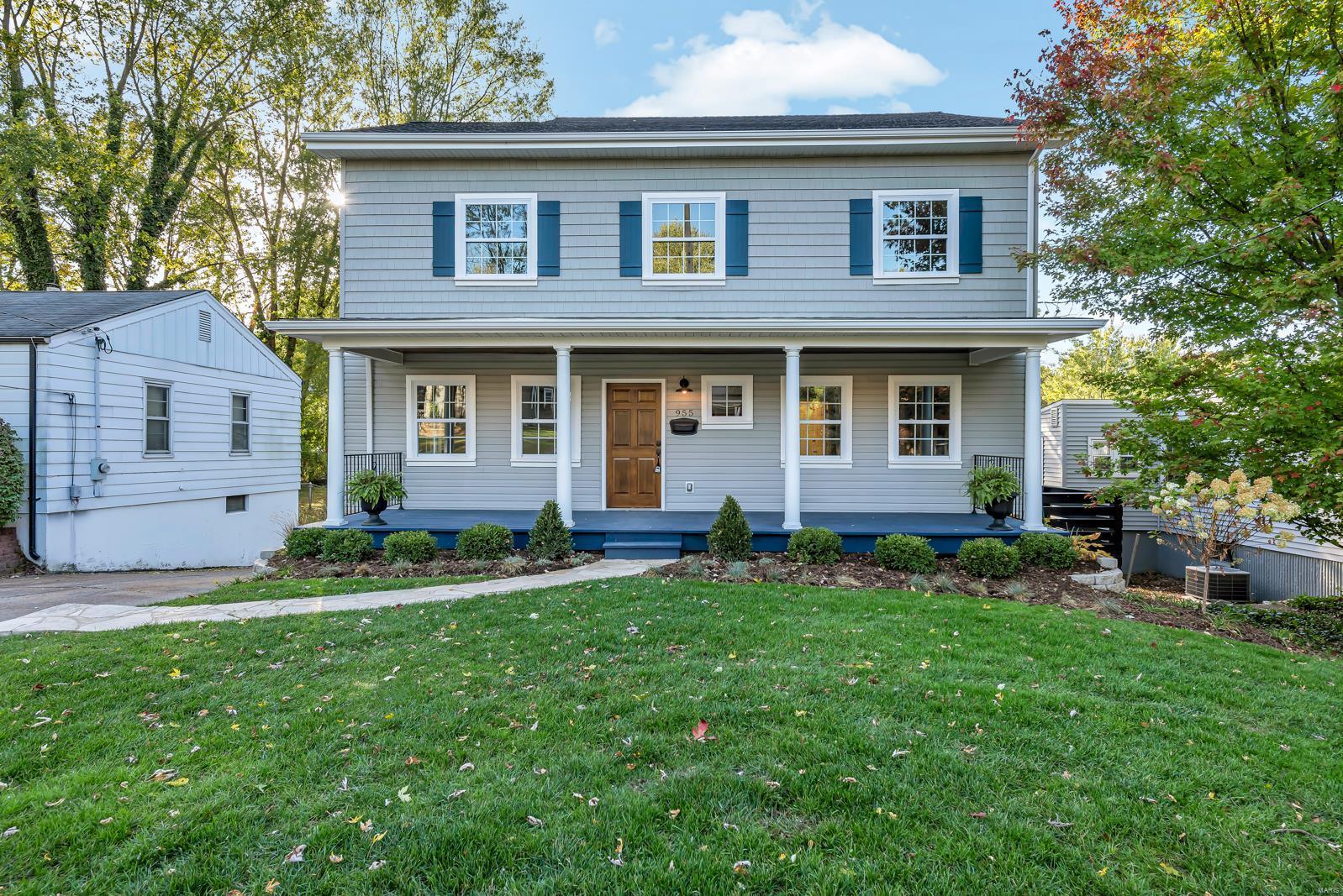 955 Evans Avenue Property Photo - Kirkwood, MO real estate listing