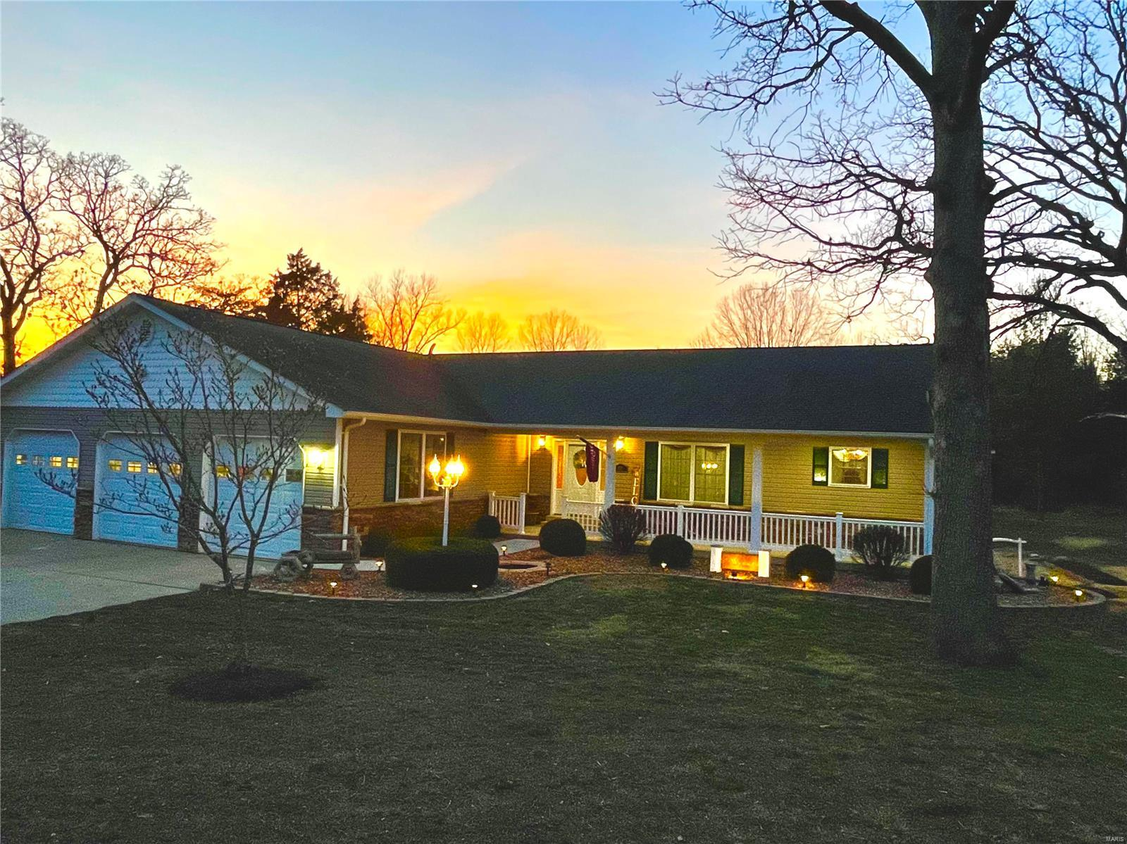 2135 Highway N Property Photo - Pacific, MO real estate listing