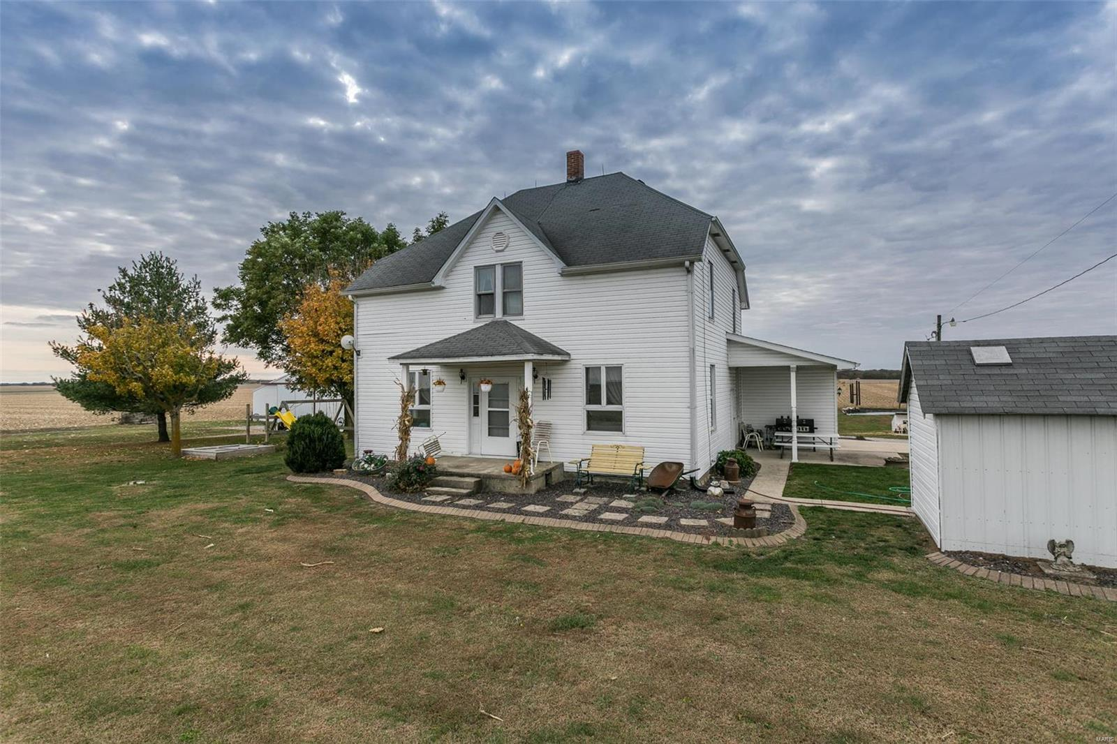 15103 Baumann Road Property Photo - Highland, IL real estate listing