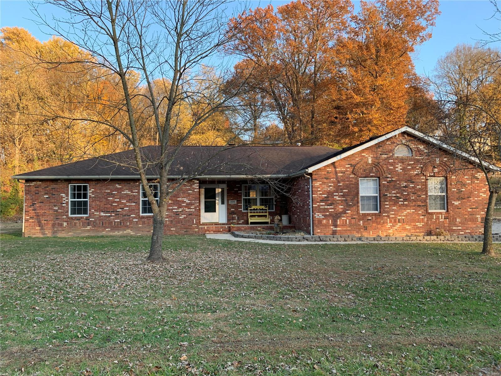 202 Barberis Lane Property Photo - Collinsville, IL real estate listing