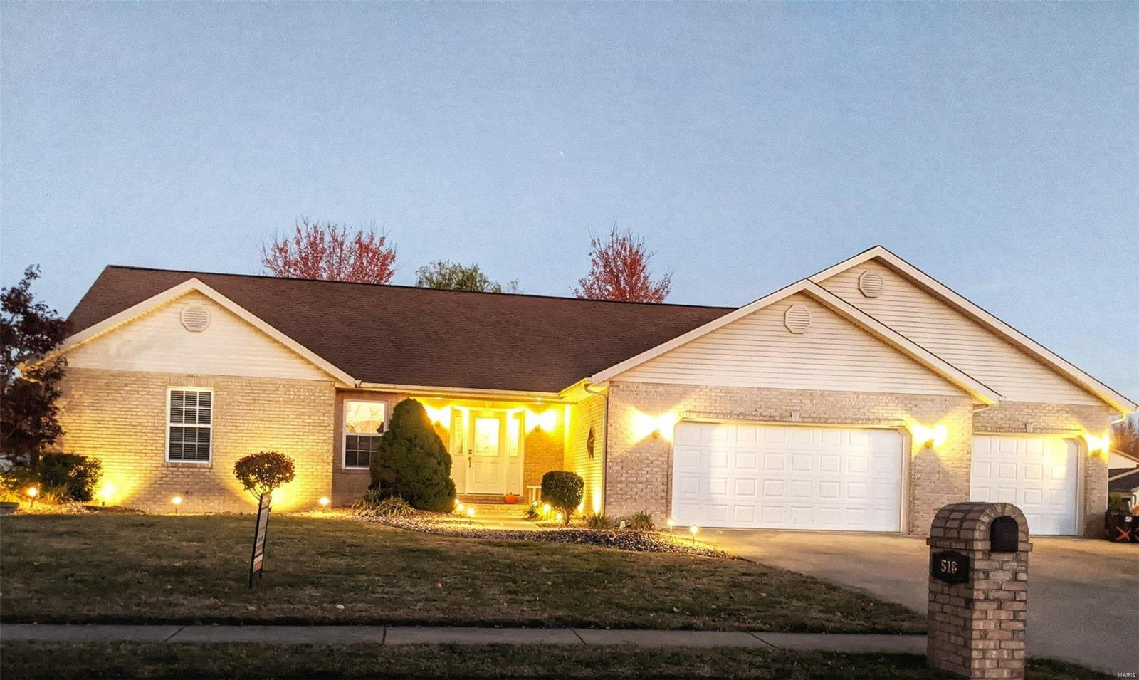 516 Kathy Property Photo - New Baden, IL real estate listing