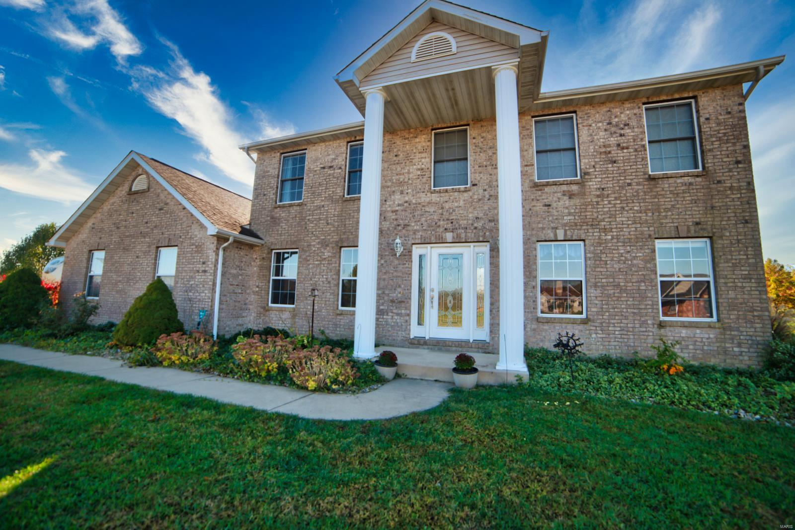 918 Bay Pointe Property Photo - Freeburg, IL real estate listing