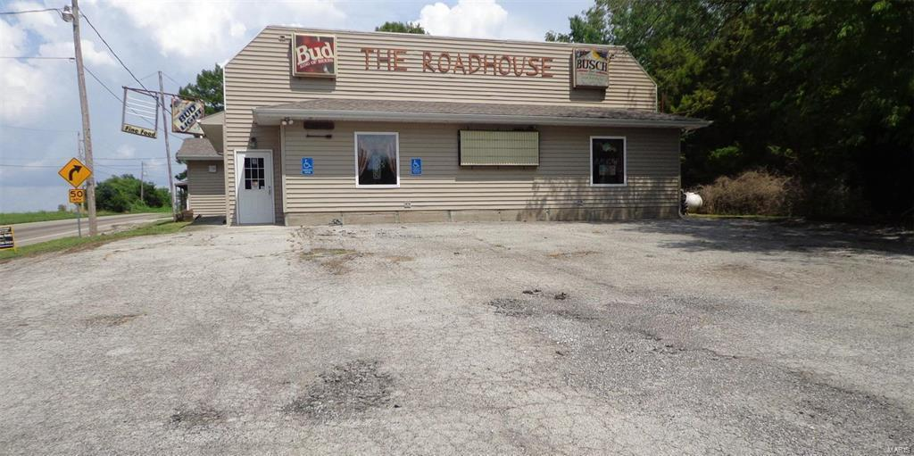 4372 Chester Road Property Photo - Chester, IL real estate listing