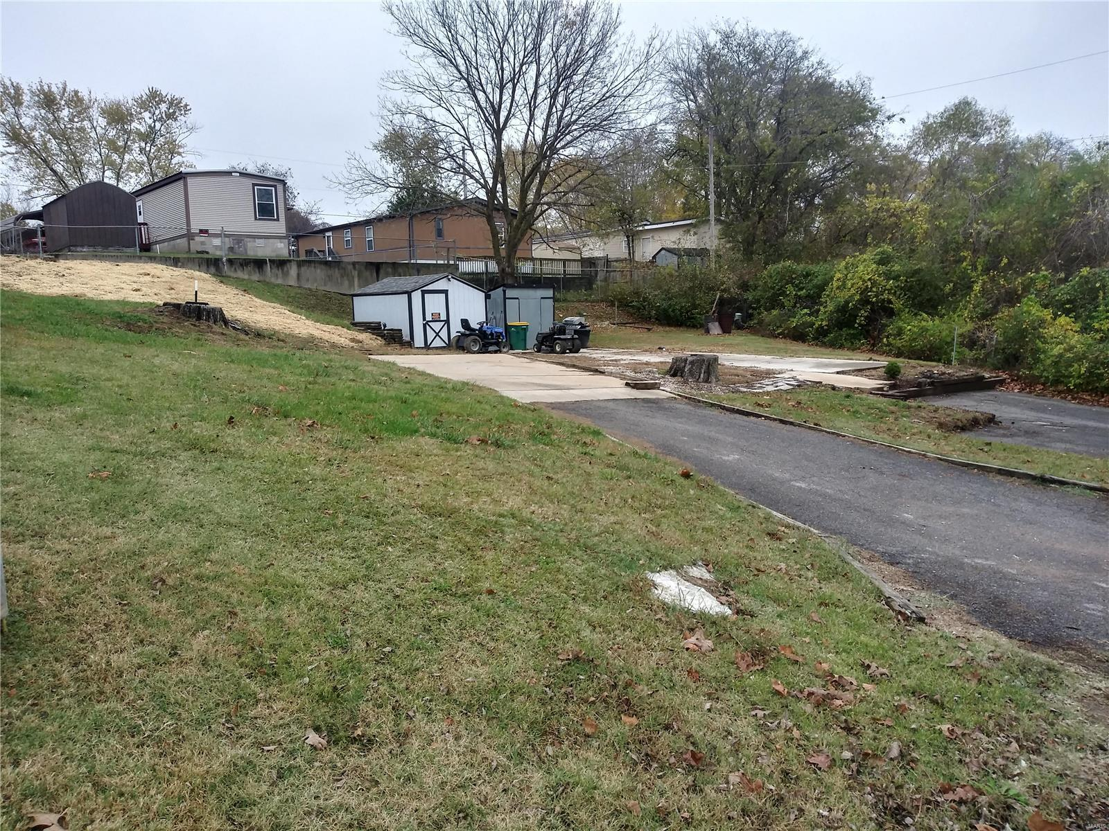 1719 Willow Oak Property Photo - Pevely, MO real estate listing
