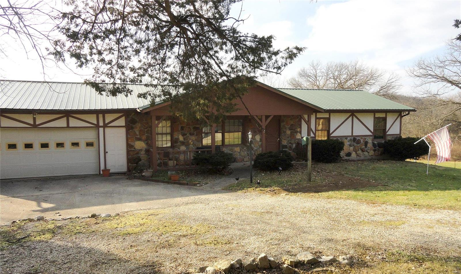 2317 Walz Road Property Photo - Hermann, MO real estate listing