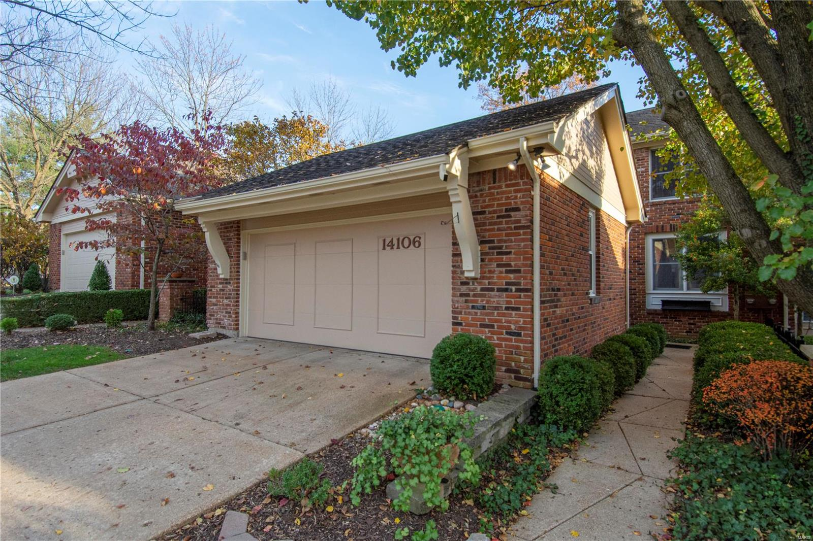 14106 Baywood Villages Drive Property Photo - Chesterfield, MO real estate listing