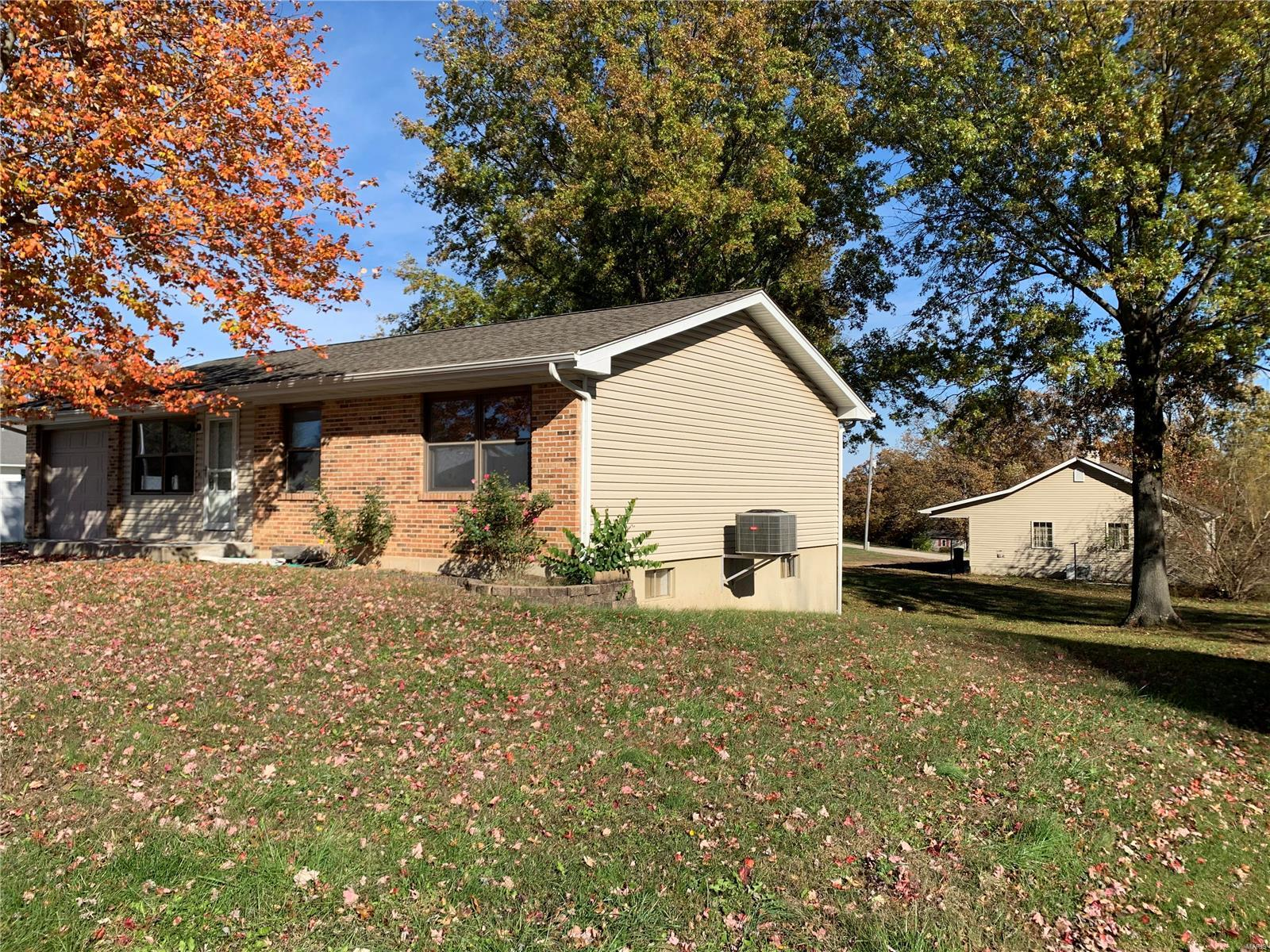 830 Woodland Avenue S Property Photo - Gerald, MO real estate listing