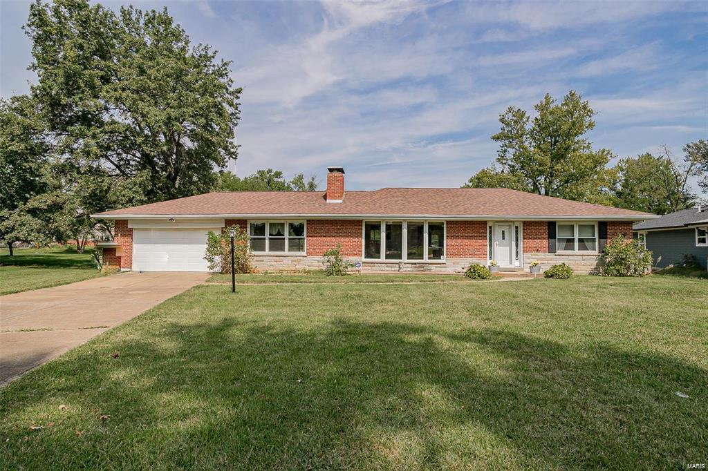 11225 Mimosa Property Photo - St Louis, MO real estate listing