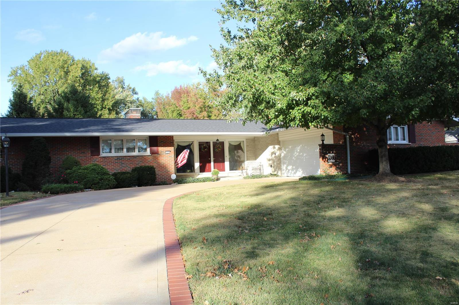 12473 Betsy Ross Lane Property Photo - Unincorporated, MO real estate listing