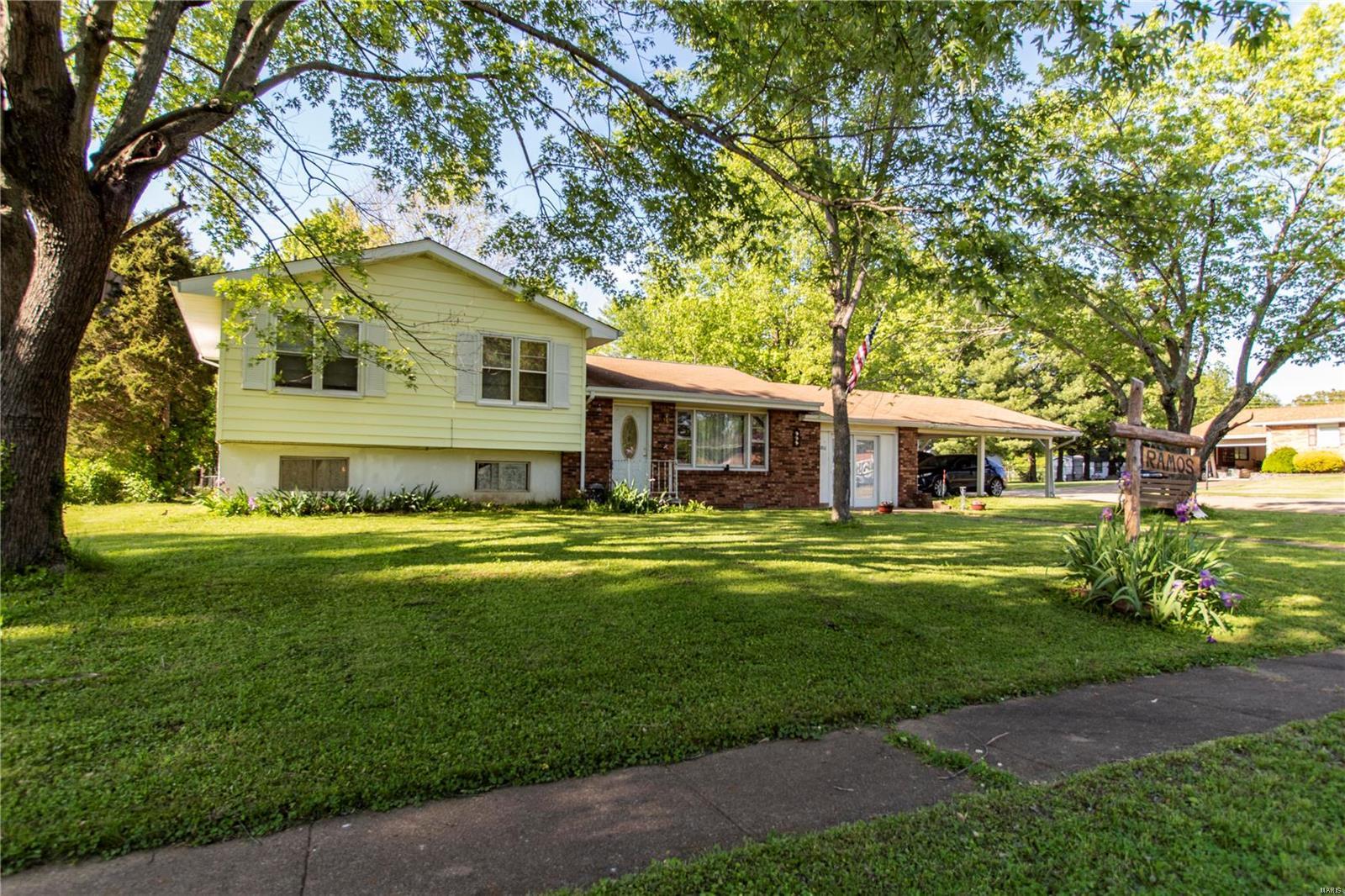 801 Sherwood Drive Property Photo - Bismarck, MO real estate listing