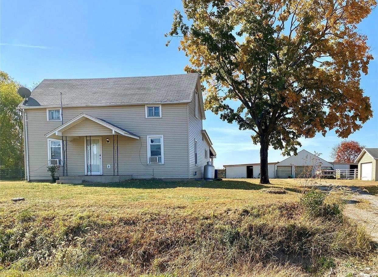 401 Pierron Property Photo - Pocahontas, IL real estate listing