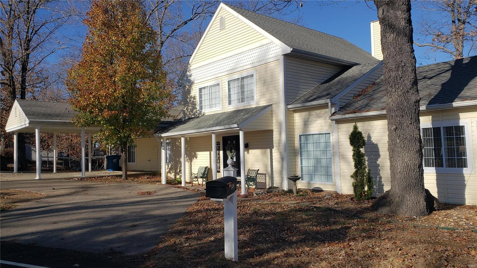 1901 Cherokee Road Property Photo - Lake Ozark, MO real estate listing