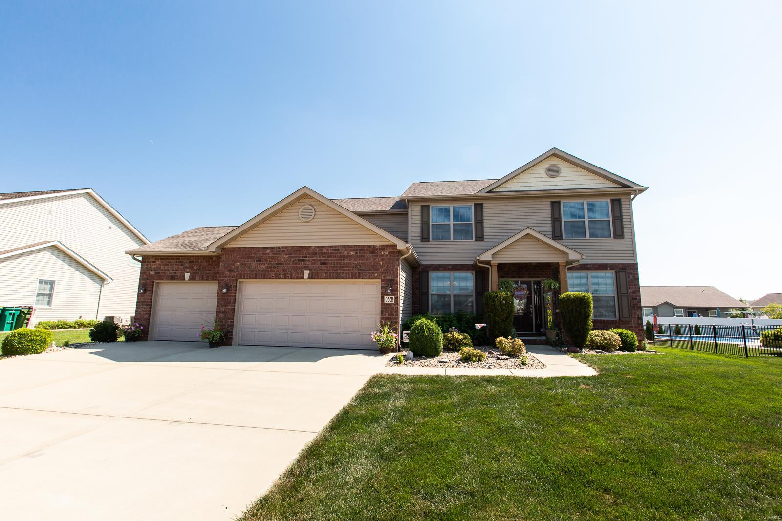 9668 Weatherby Street Property Photo - Mascoutah, IL real estate listing