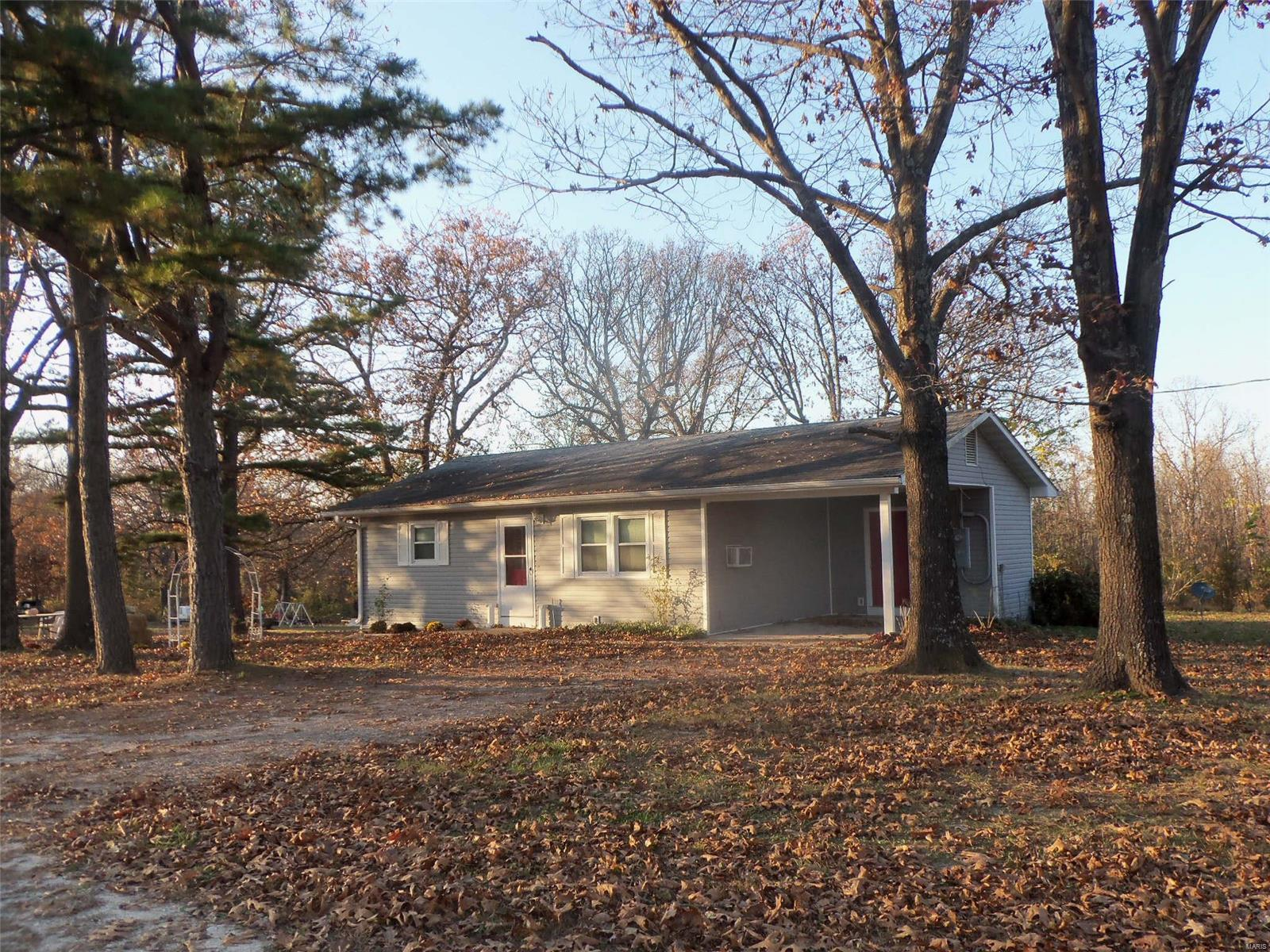 22905 Strate Lane Property Photo - Laquey, MO real estate listing