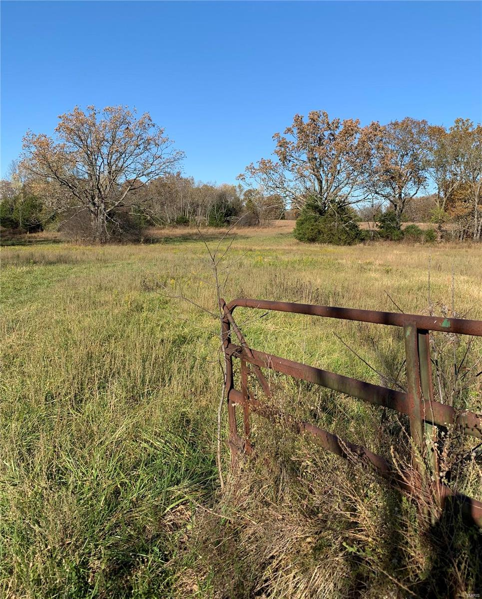 0 Vineyard Outer RD &Hwy F Road Property Photo - Cuba, MO real estate listing