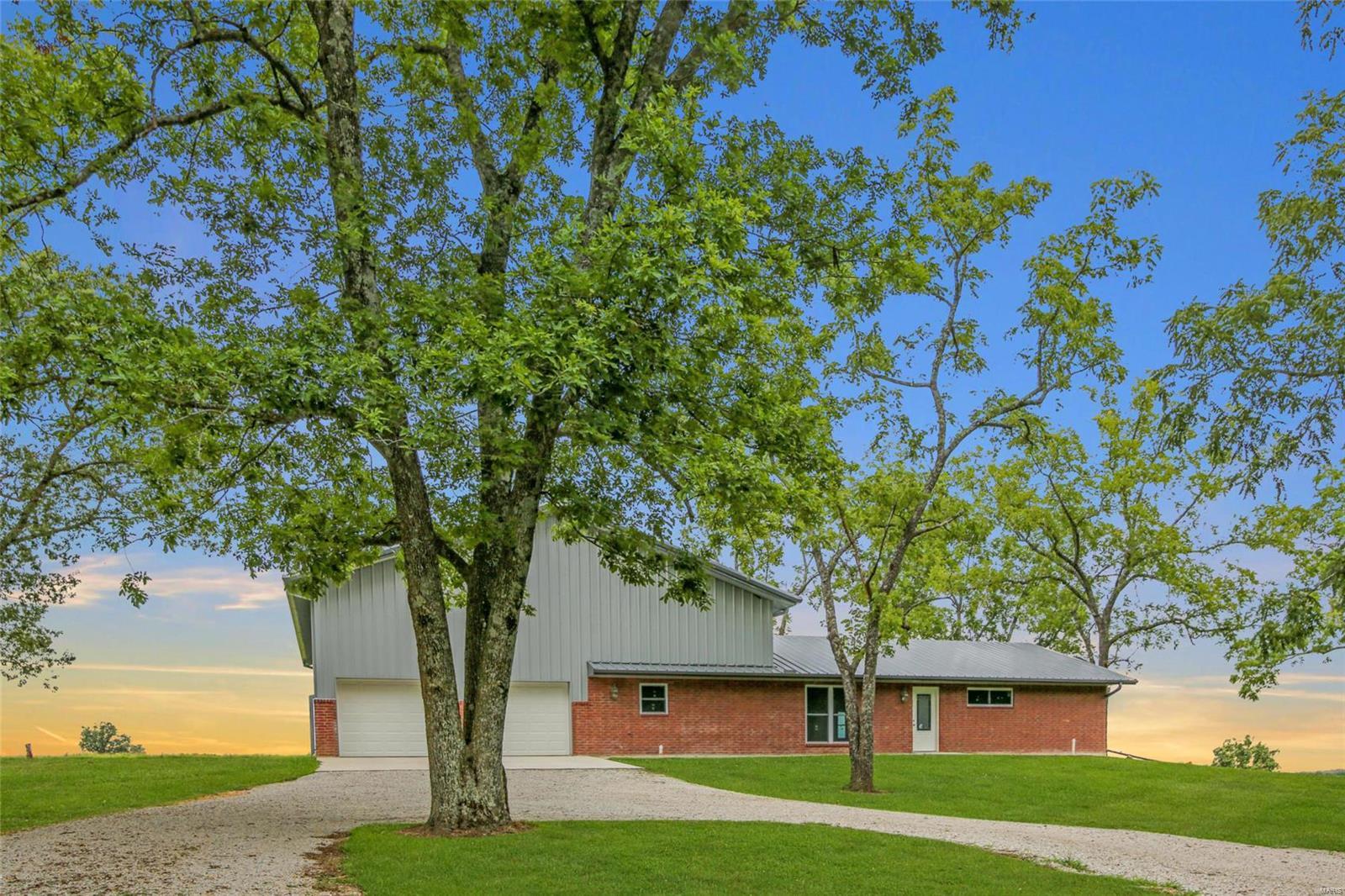 8 Aviator Lane Property Photo - Mountain Grove, MO real estate listing