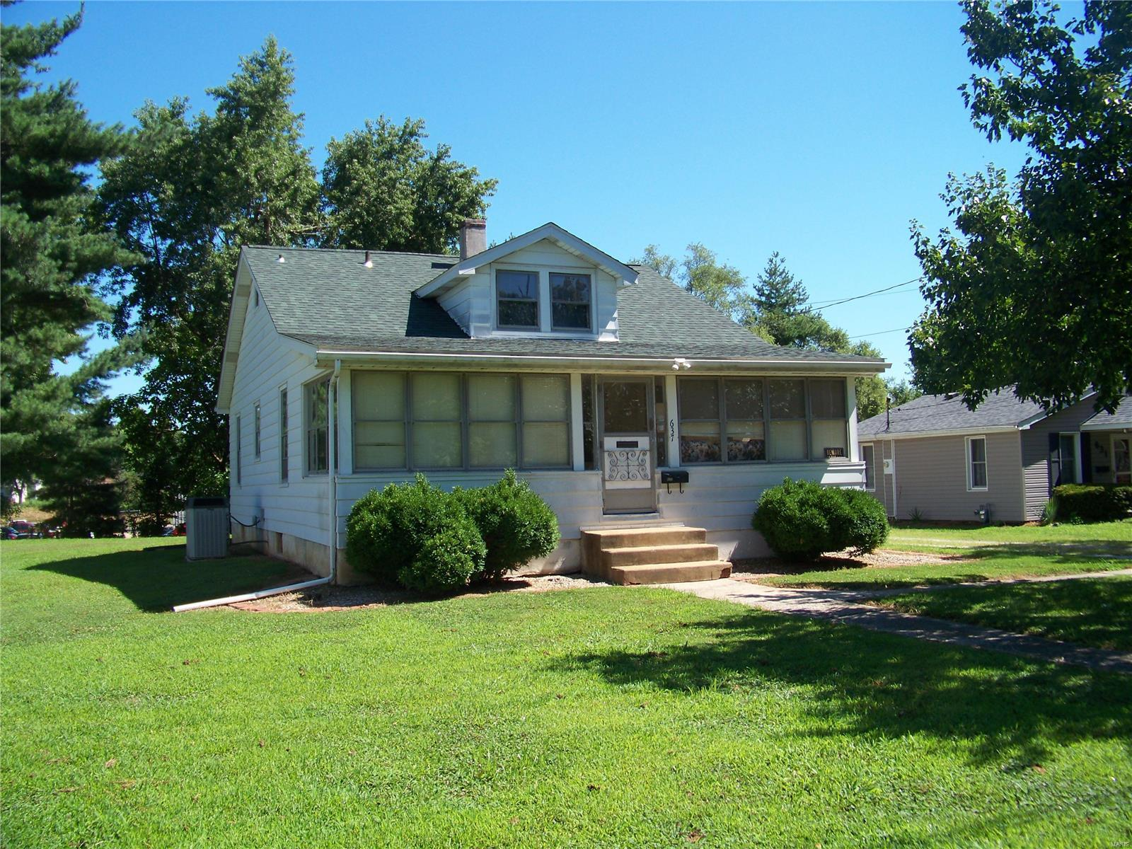 637 Pence Avenue Property Photo - East Alton, IL real estate listing