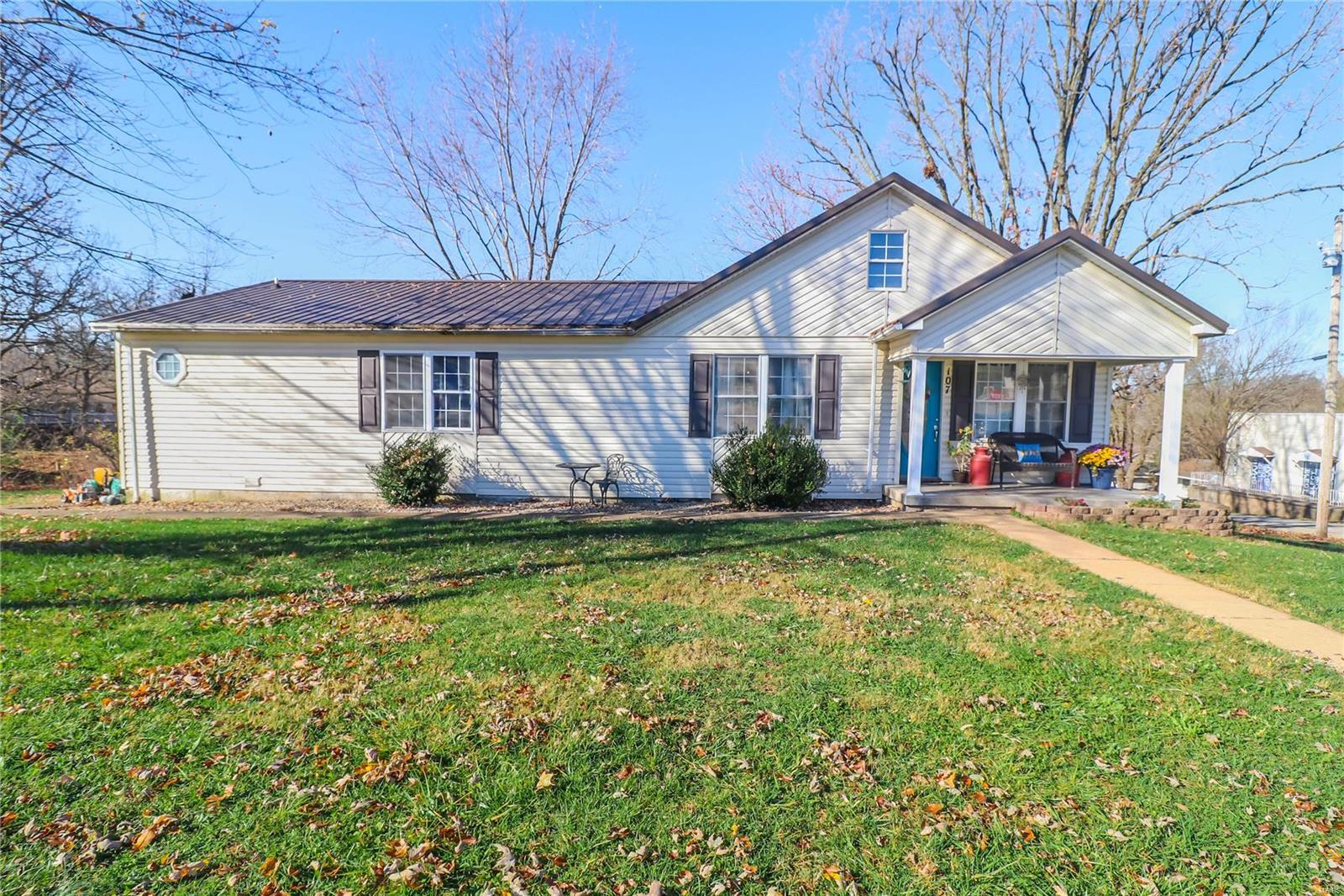 107 Center Street Property Photo - Crocker, MO real estate listing
