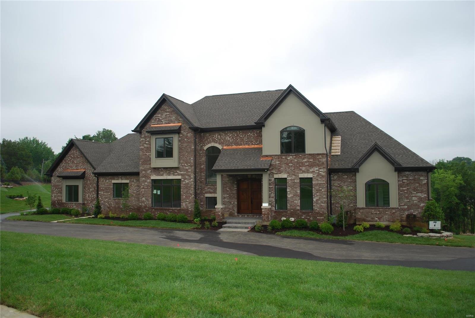 13714 Belcrest Court Property Photo - Town and Country, MO real estate listing