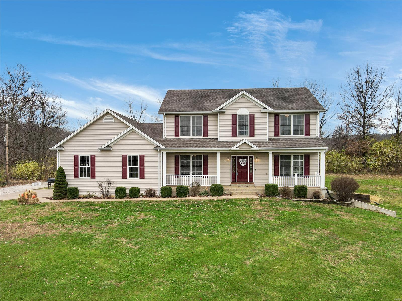111 Breezy Hill Drive Property Photo - Elsberry, MO real estate listing