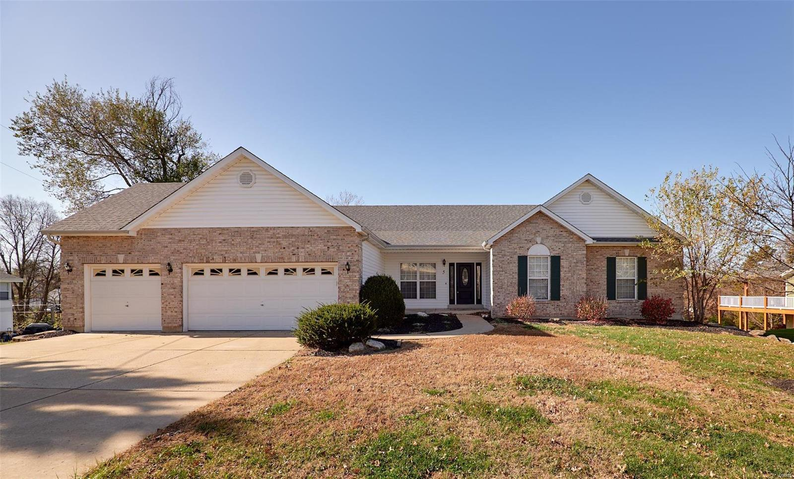 5 Saint Anthony Drive Property Photo - St Peters, MO real estate listing