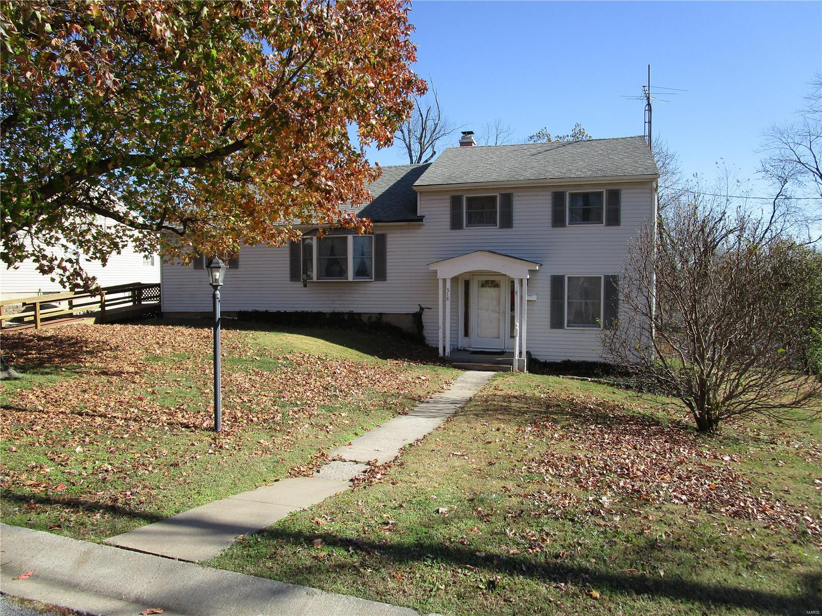 518 Solomon Property Photo - Chester, IL real estate listing