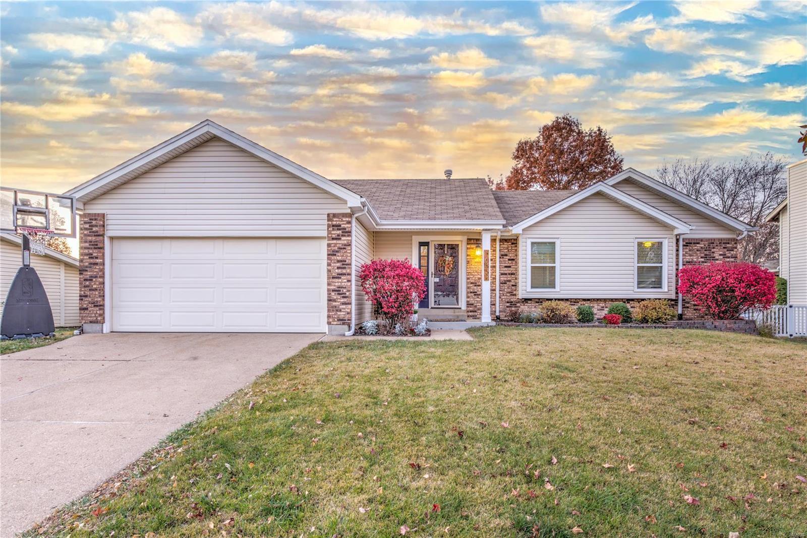 16859 Babler View Property Photo - Wildwood, MO real estate listing
