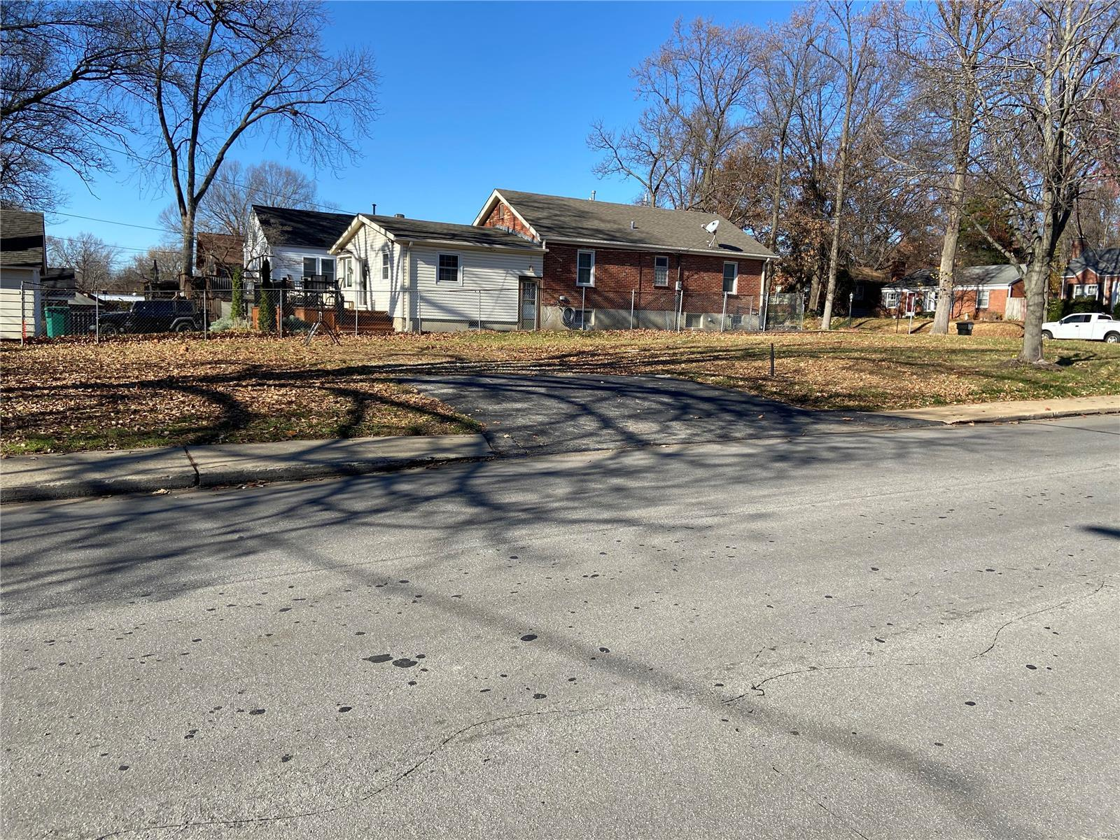 8500 Genevieve Avenue Property Photo - Brentwood, MO real estate listing