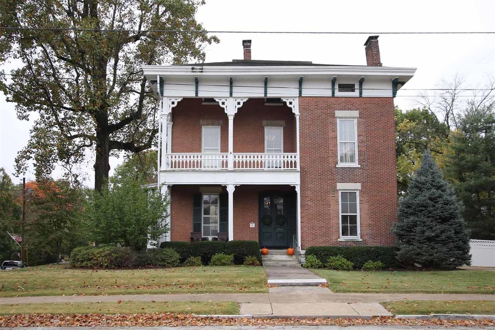 549 E 12th Street Property Photo - Alton, IL real estate listing
