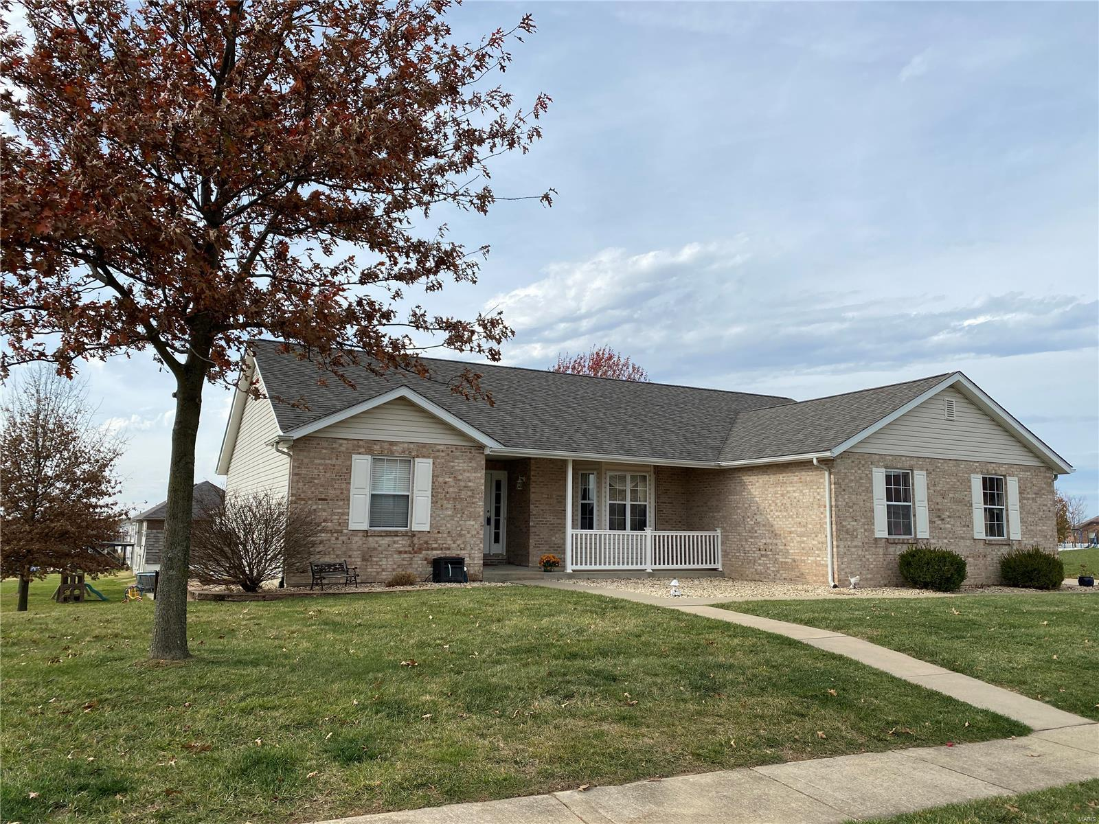 201 W Rose Lane Property Photo - Waterloo, IL real estate listing