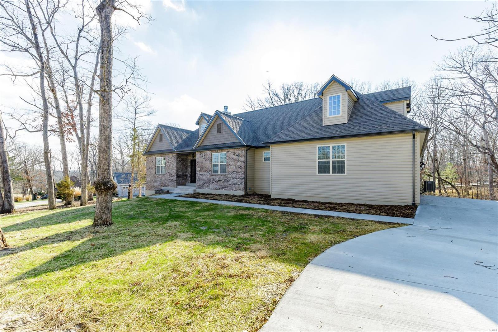 476 Fairway View Drive Property Photo - Wright City, MO real estate listing