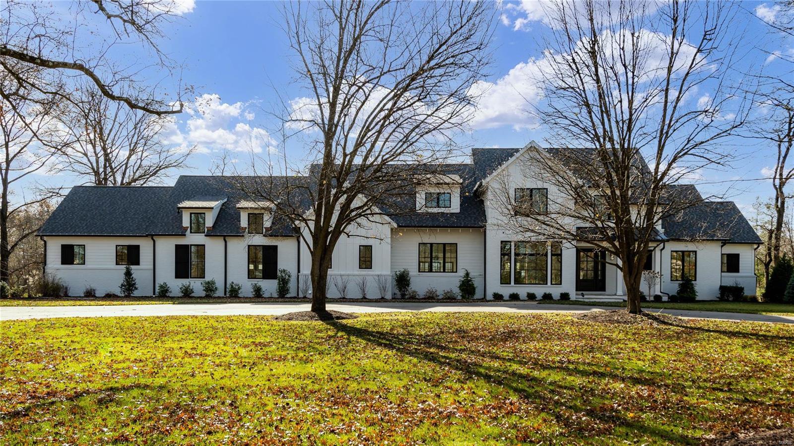 11600 Clayton Road Property Photo - Frontenac, MO real estate listing