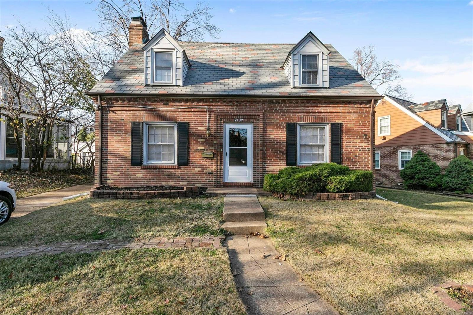 7409 Warwick Property Photo - St Louis, MO real estate listing