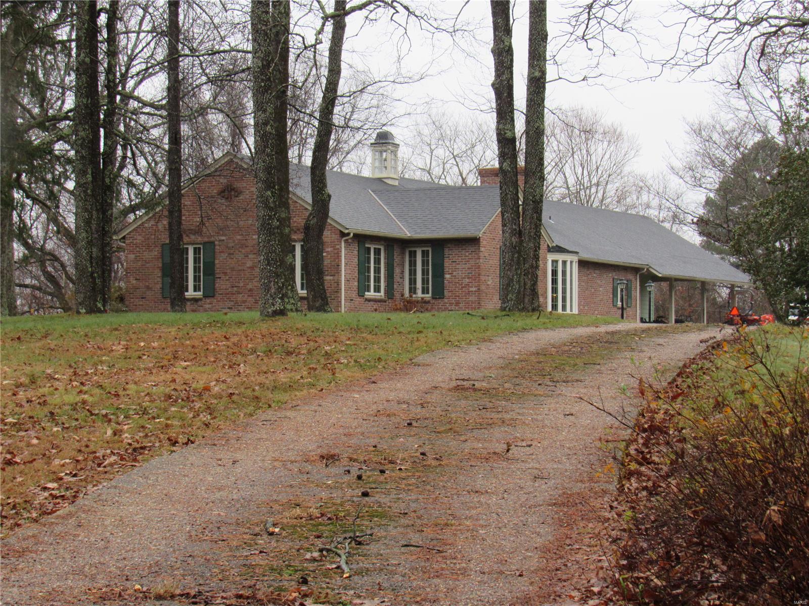 803 E High Street Property Photo - Steelville, MO real estate listing